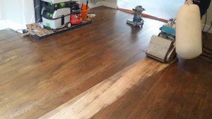 Belt floor sander